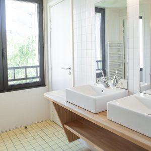 Salle de bain Auberge de Jeunesse Adveniat, Paris Centre Champs Elysées